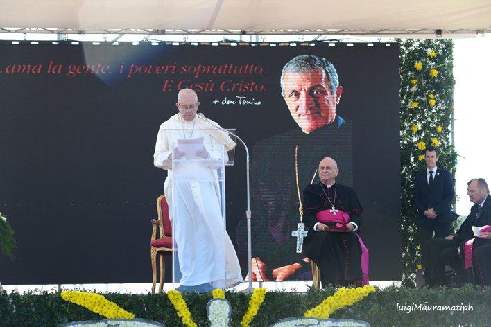 Papa Francesco ad Alessano (41)
