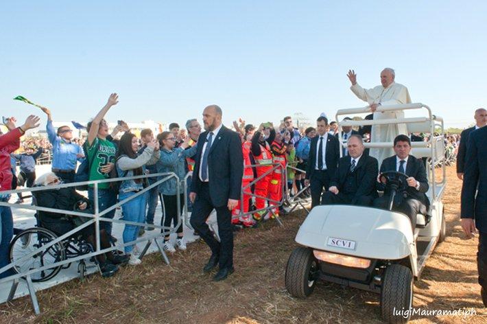 Papa Francesco ad Alessano (49)