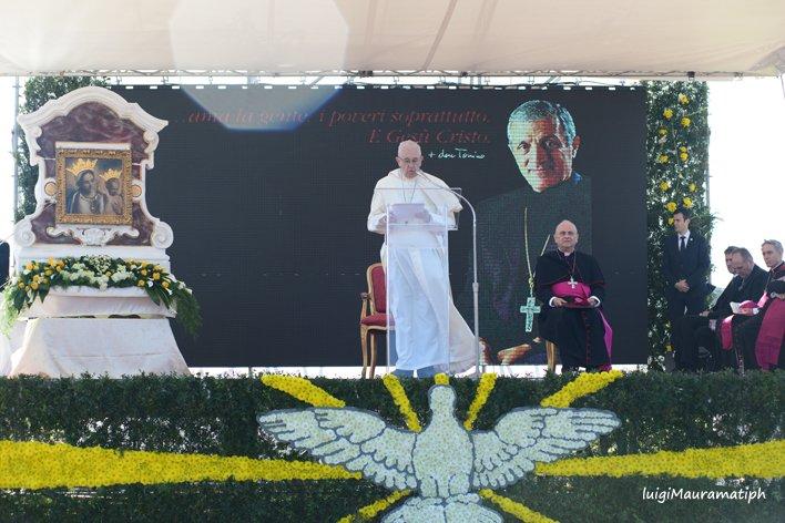 Papa Francesco ad Alessano (68)