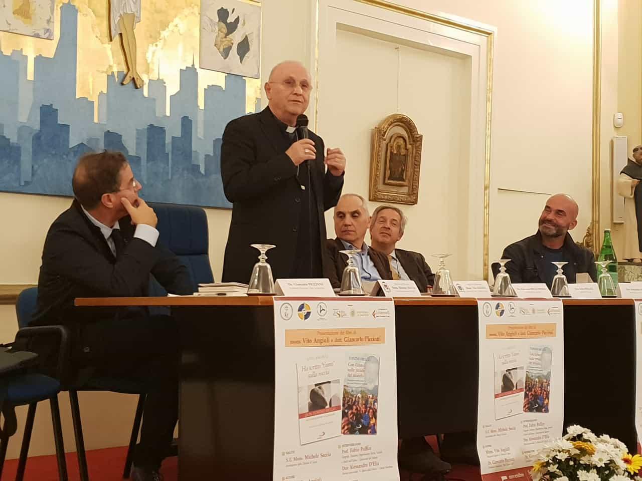 Presentazione libro del Vescovo – Episcopio di Lecce 5.11.2018 (5)