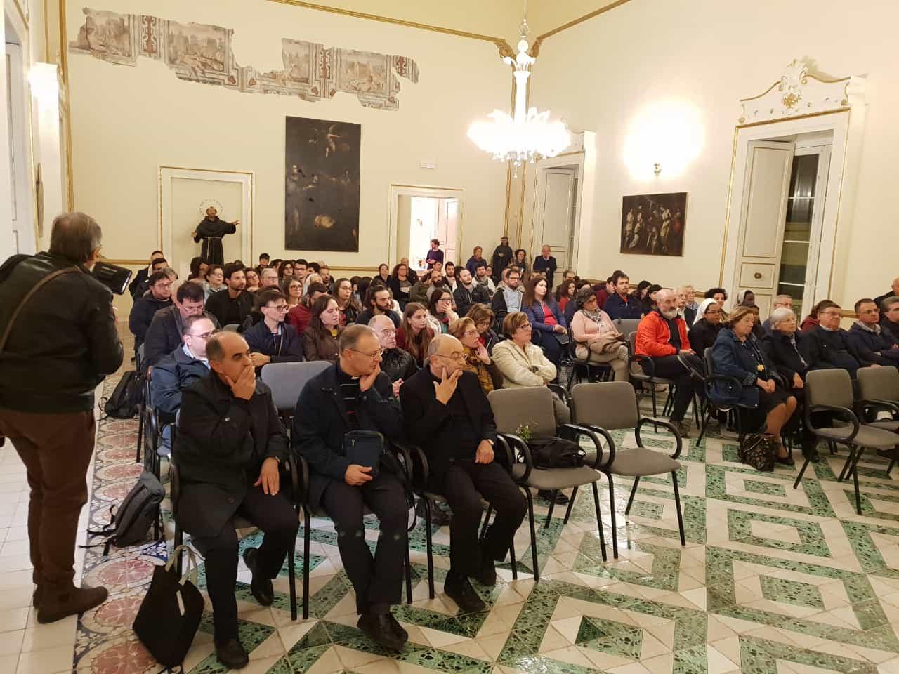 Presentazione libro del Vescovo – Episcopio di Lecce 5.11.2018 (8)